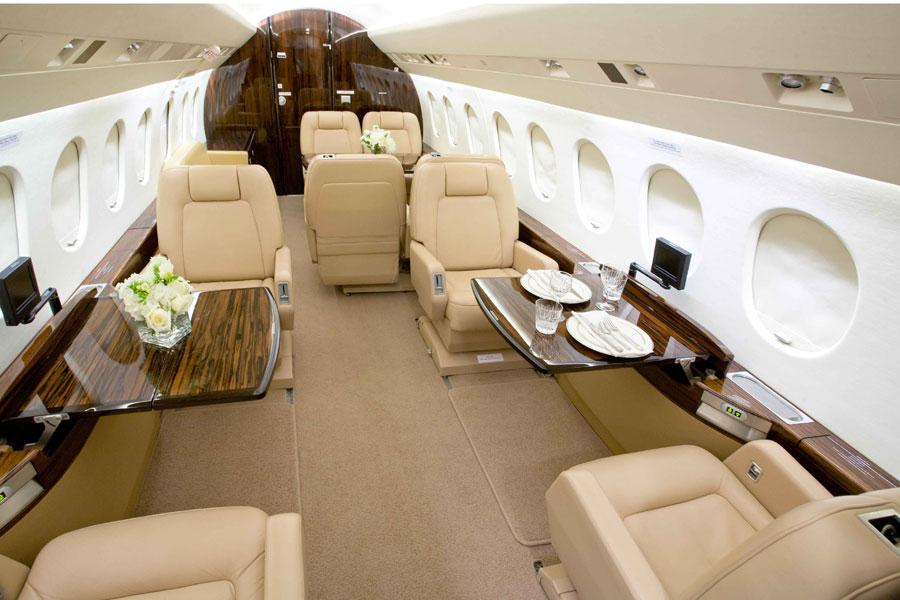 Dassalut Falcon 2000 interior