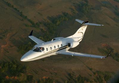 Beech aircraft company, Hawker 400 overhead, Hawker 400 takeoff