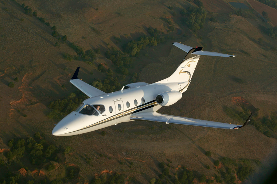 Hawker 400XP light jet