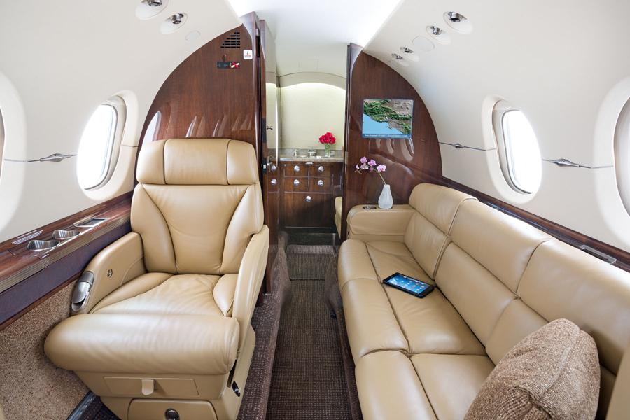 Beechcraft hawker interior