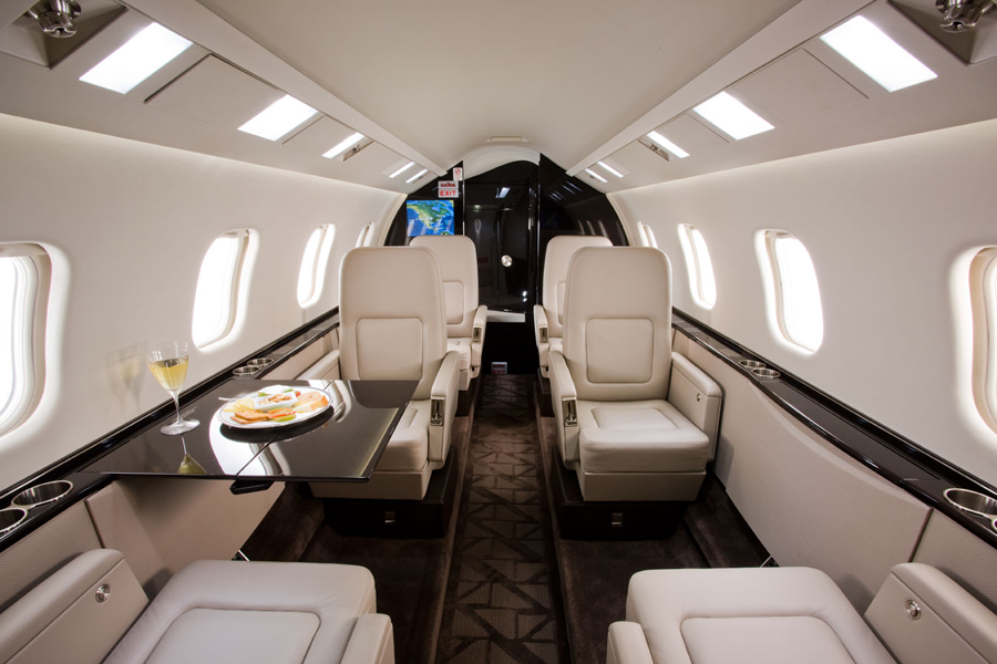 bombadier aviation, learjet interior, lear jet seating